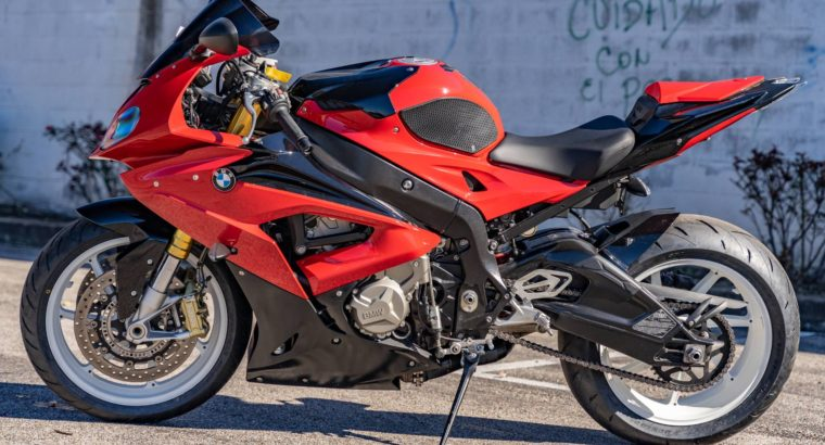 2017 BMW S1000XR – as new