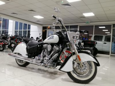 INDIAN CHIEF – BLACK / WHITE – 2009